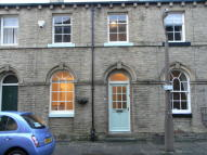 2 bed Terraced house in Lower School Street...