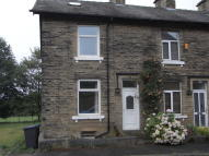 2 bedroom Terraced house in Clifton Place, Shipley