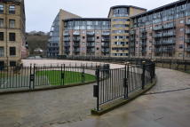 Apartment in New Mill, Shipley