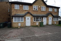 Mews to rent in Currerbell Mews, Thornton