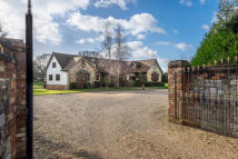 6 bed Detached home for sale in Ashey Road, Ryde