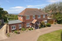 5 bed Detached property in Uplands Road...