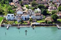 5 bed Detached property for sale in High Street, YARMOUTH