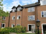 property for sale in Marlow. First floor retirement flat with lift.