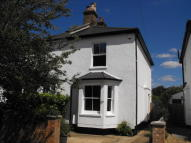 2 bedroom Cottage in East/West Molesey borders