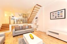 1 bed Mews in Shore Road...