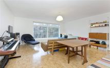 2 bed Flat for sale in Skipworth Road...
