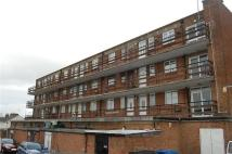 Maisonette for sale in Station Road, Rainham...