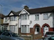 3 bed Flat in HENLEY ROAD,  Ilford, IG1