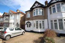 4 bedroom Terraced house for sale in Bawdsey Avenue, Ilford...