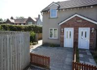 2 bed semi detached property in Sands House Court...