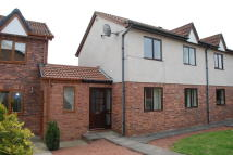 2 bedroom Terraced home in Abbotsford Drive...