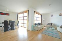 3 bed Flat for sale in Falcon Wharf, Battersea