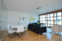 Flat to rent in Lombard Street...