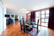 4 bed Flat for sale in Falcon Wharf, Battersea
