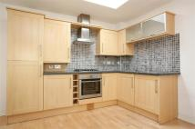 2 bedroom Apartment to rent in Globe Road, London, E2