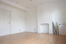 1 bed Flat to rent in Morley Road, Barking...