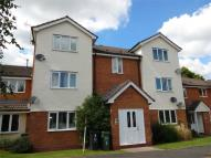 Flat to rent in Wain Green...