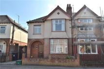 Deans Way semi detached house to rent