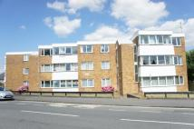 2 bed Flat in Grove Court...