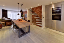 3 bedroom Mews for sale in St Pauls Mews, NW1 9TZ