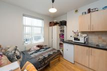 1 bed Studio flat in Chalk Farm Road, NW1 8AN
