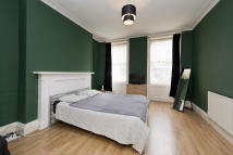 Studio apartment in Crowndale Road, NW1 1TP