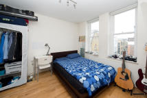 Flat to rent in Greenland Street, NW1 0ND