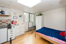 Flat to rent in Chalk Farm Road, NW1 8AJ