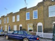 2 bed Cottage in Clarence Way, NW1 8DG