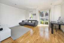 5 bedroom Terraced home in Edward Mews, NW1 4AT
