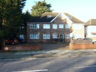 2 bedroom Apartment to rent in Edgwarebury Lane, Edgware