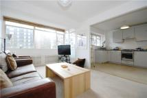 2 bedroom Apartment to rent in Gloucester Terrace...