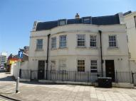 Apartment to rent in West Buildings, WORTHING