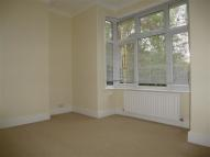 Flat to rent in Park Road, WORTHING