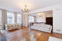 4 bedroom Flat in Ashley Gardens...