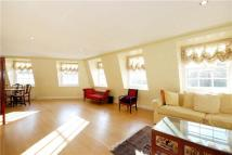 Apartment to rent in St Georges Square...
