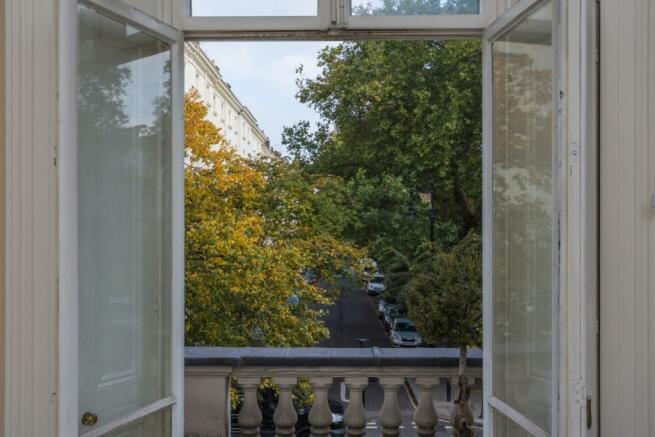Balcony/ Outlook
