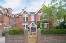 6 bed Detached property in Holmesdale Road...