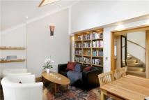 3 bedroom Apartment in Marlborough Road...