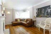 2 bedroom Flat to rent in Church Road, Richmond...