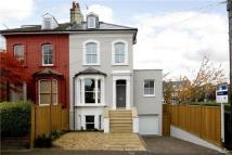 6 bed home to rent in Amyand Park Road...