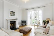 4 bedroom Terraced home in Park Road, Richmond, TW10