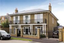 5 bed Detached property in Ham Common, Richmond...
