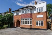 property to rent in Queens Road, Richmond...