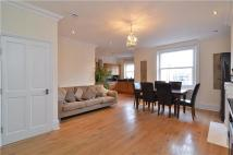 4 bedroom Flat to rent in Draycott Place, London...