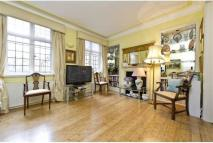 2 bedroom Apartment to rent in Sloane Street, London...