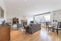 2 bedroom Flat in Holbein Place, London...