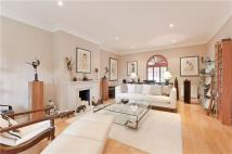 Stockwell Park Crescent Town House to rent