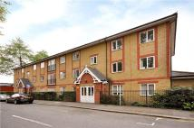 Flat to rent in St Alphonsus Road...